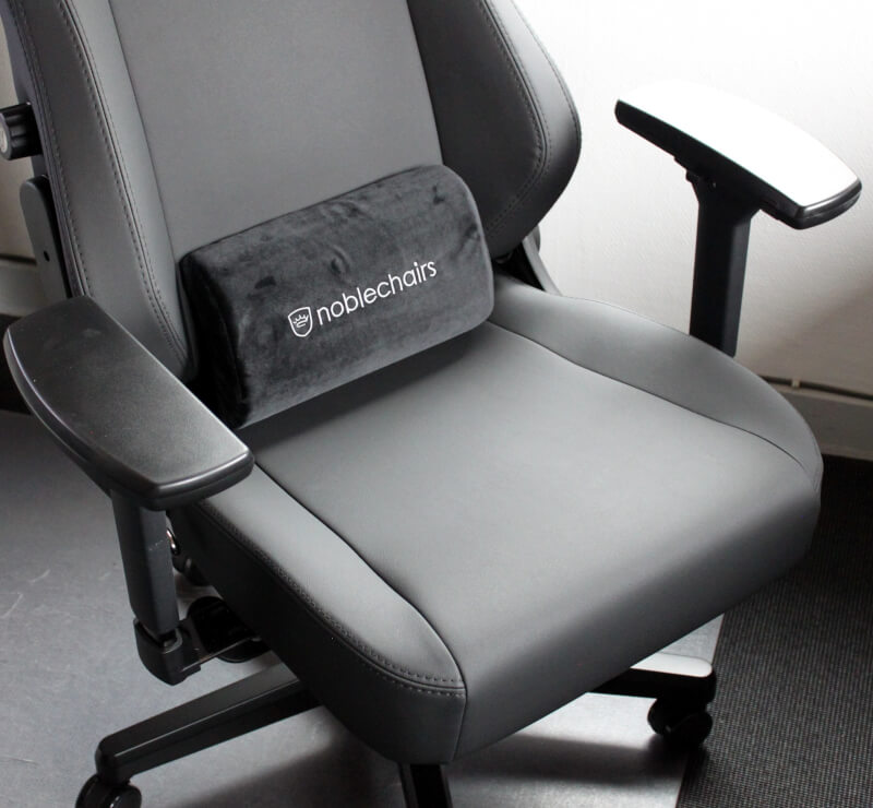 Stol gaming noblechairs lændepude HERO Black Edition test