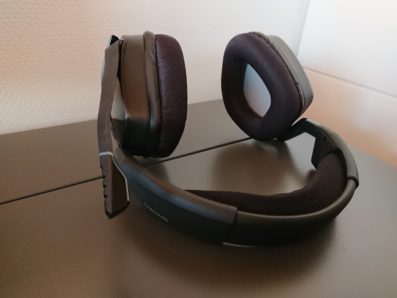 Corsair trådløs headset Void RGB Elite