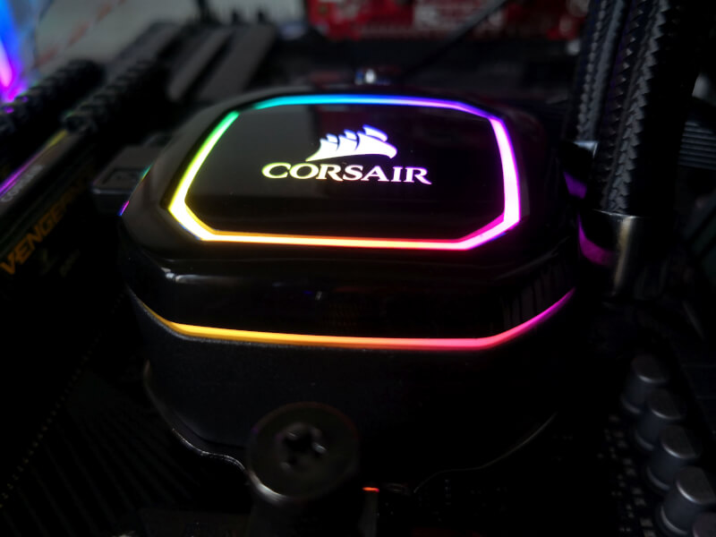 forside corsair h115i rgb pro xt vandkøler icue software super chilled high performance