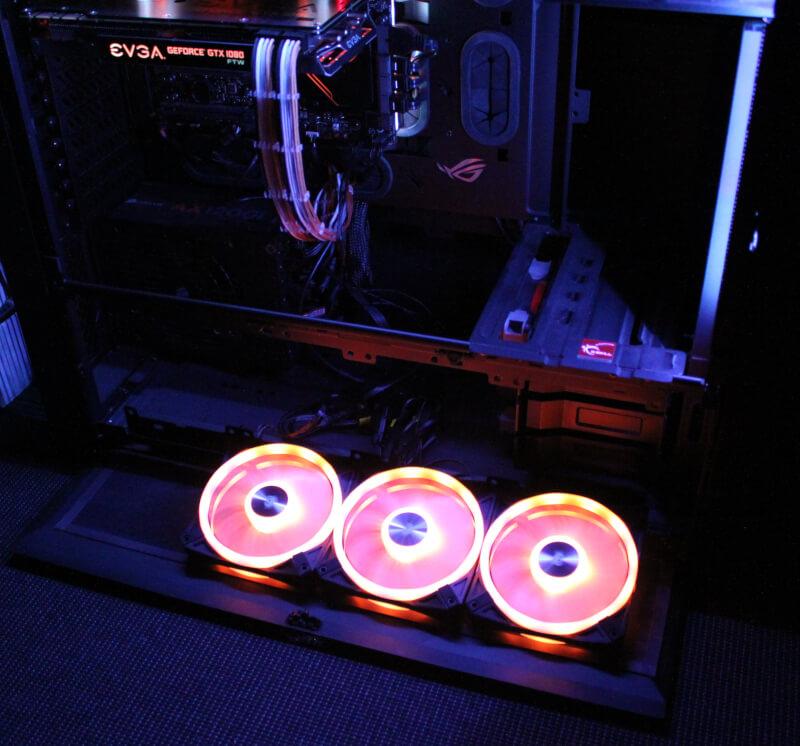 QL120 RGB Corsair iCUE corsair fans installeret