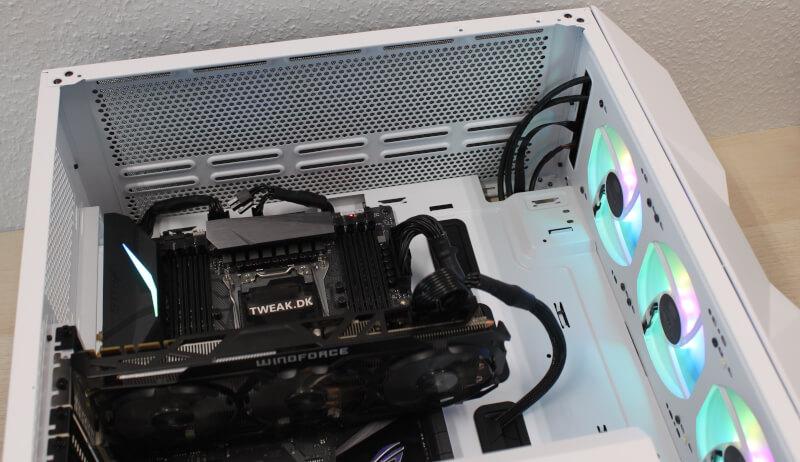 24_radiatorplads_toppen_td500_mesh_kabinet_miditower_gaming_rgb_fps.JPG