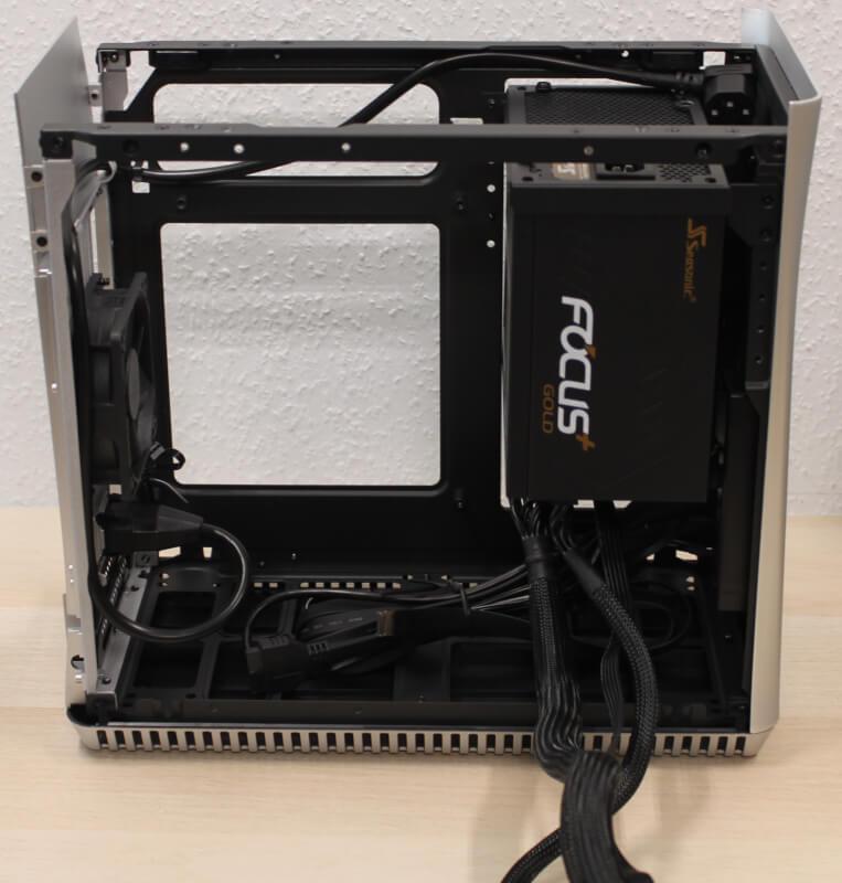 kabinet Fractal montering af hardware test SFX Era ITX design gaming Design review