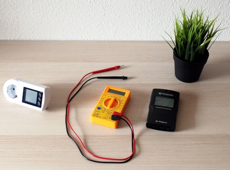 24_test_udstyr_elmåler_multimeter_PGsignal_måler.JPG