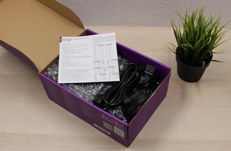 5_indpakning_mwe_750_strømforsyning_dokumenter.JPG