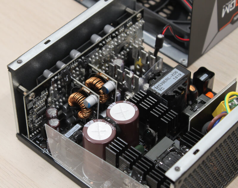 AORUSGM AP850W  strømforsyninger 80 plus gold