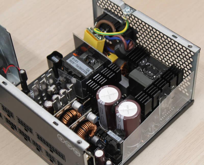 PSU auros gaming strømforsyning highend AP GM gigabyte