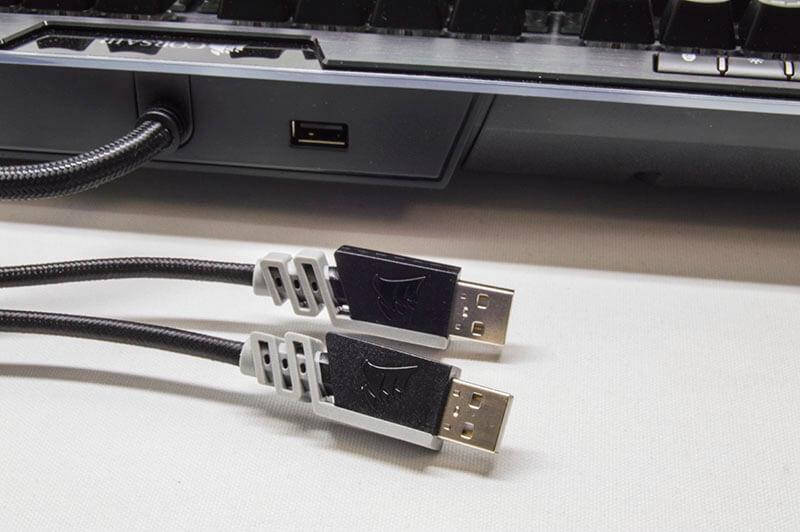 tweak_k95_platinum_keyboard_USB_Sleeve.jpg
