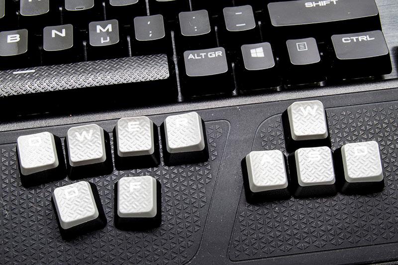 tweak_k95_platinum_keyboard_keycaps.jpg