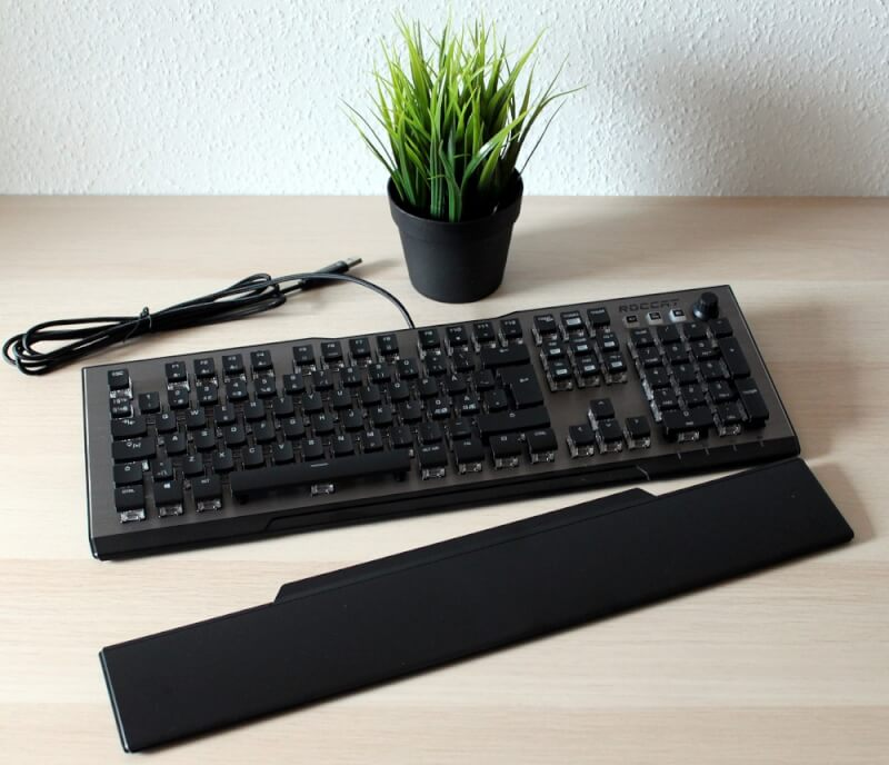 tweak_dk_Roccat_Vulcan_120_Aimo_low_profile_mekanisk_tastatur_23.jpg