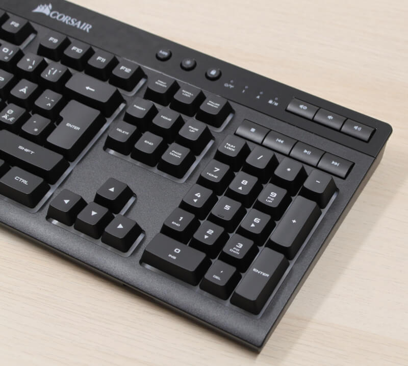 8_numpad_K57_tastatur_wireless_bluetooth_corsair.JPG