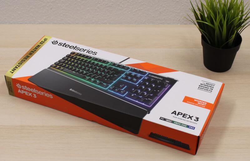 SteelSeries Apex 3 Gaming keyboard