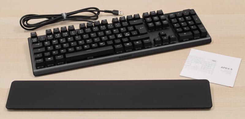 6_kasse_indhold_apex_5_tastatur_gaming_steelseries