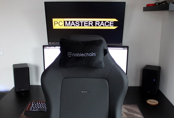 black_edition_hero_noblechairs_front