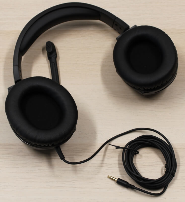 design_overall_gaming_headseT_cloud_s_stinger_hyper_X_surround