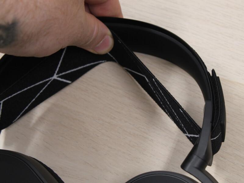 justering_solid_metal_konstruktion_steelseries_headset_arctis_9_wireless
