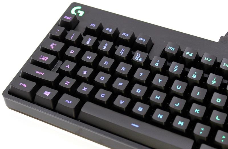 tweak_dk_Logitech_G_PRO_RGB_Gaming_tastatur_35