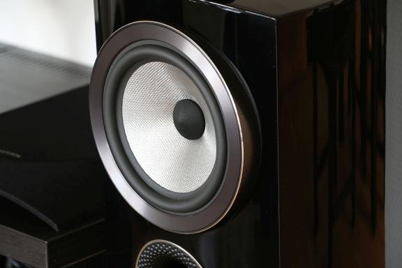 tweak_dk_bowers_and_wilkins_805_d3_compact_speaker_07
