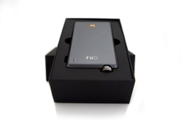 unbox_1_fiio_a5_portable_amp_tweak_dk