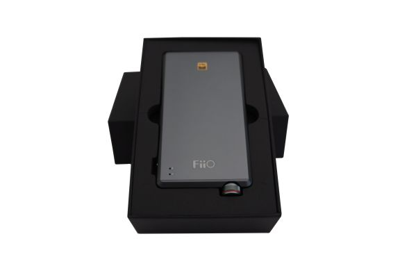 unbox_2_fiio_a5_portable_amp_tweak_dk