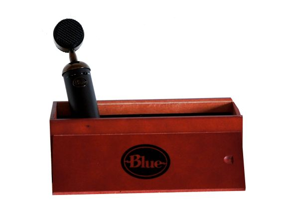 indpakning_traekasse_kondensator_mikrofon_blue_blackout_spark_sl_tweak_dk