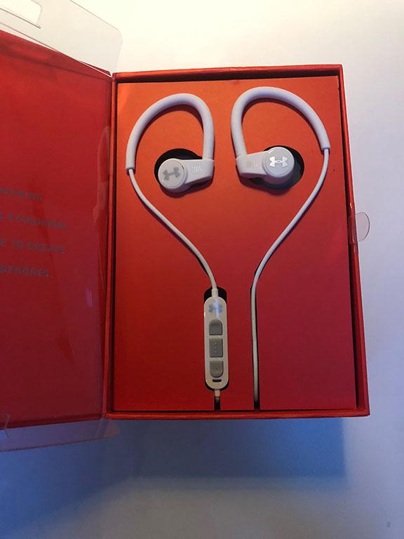 JBL_Under_Armour_Sport_Wireless_HeartRate_tweak_dk_headset_bluetooth_inear_4