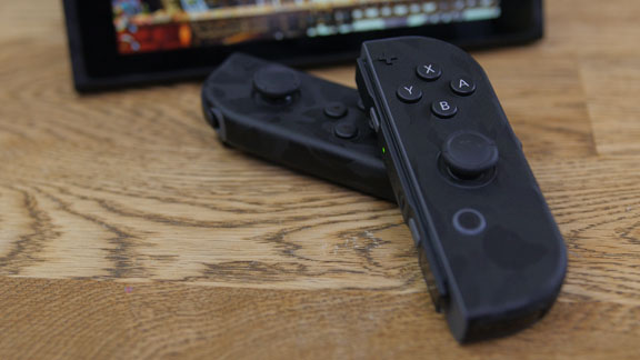 dbrand_nintendo_switch_joy_con_skin_tweak_dk