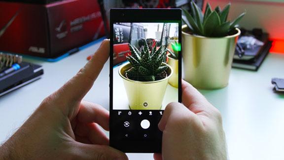 razer_phone_2_camera_software_tweak_dk