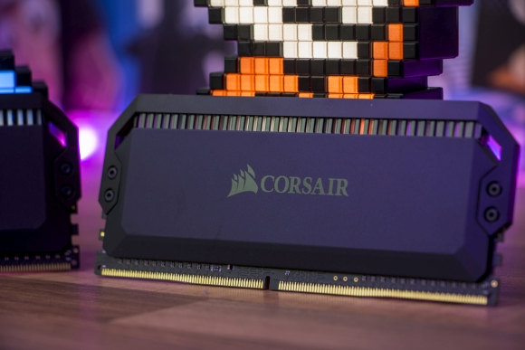 tweak_dk_corsair_dominator_platinum_rgb_ddr4_3600_mhz_4_x_8_gb_06