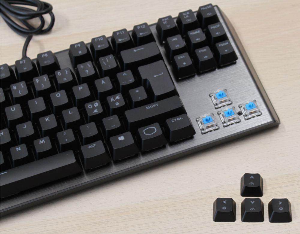 12_Cooler_Master_CK530_mekanisk_tenkeyless_tastatur_blå_kontakter