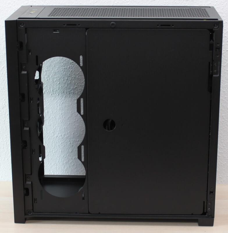 30_hardware_monteret_corsair_5000D_airflow_låge_højre_side_montreret.JPG