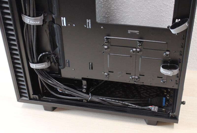 Define GPU 7 Compact Dark Tempered 240 mm radiator Glass