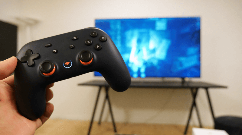 stadia-hands-on-gaming-controller